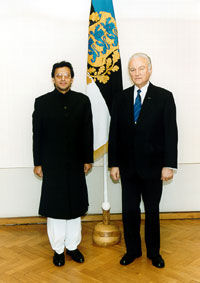 The Ambassador of Pakistan Mr Shahid A. Kamal and president Arnold Rüütel