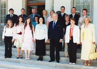 President Arnold Rüütel at Kadriorg met with the winners of the students' history research contest and their tutors.