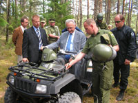 President Arnold Rüütel visited the South-East Border Guard District on Estonia's eastern border.