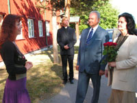 The President of the Republic and Mrs. Rüütel visited Viimsi St. Jacob's Church and the Open Air Museum.